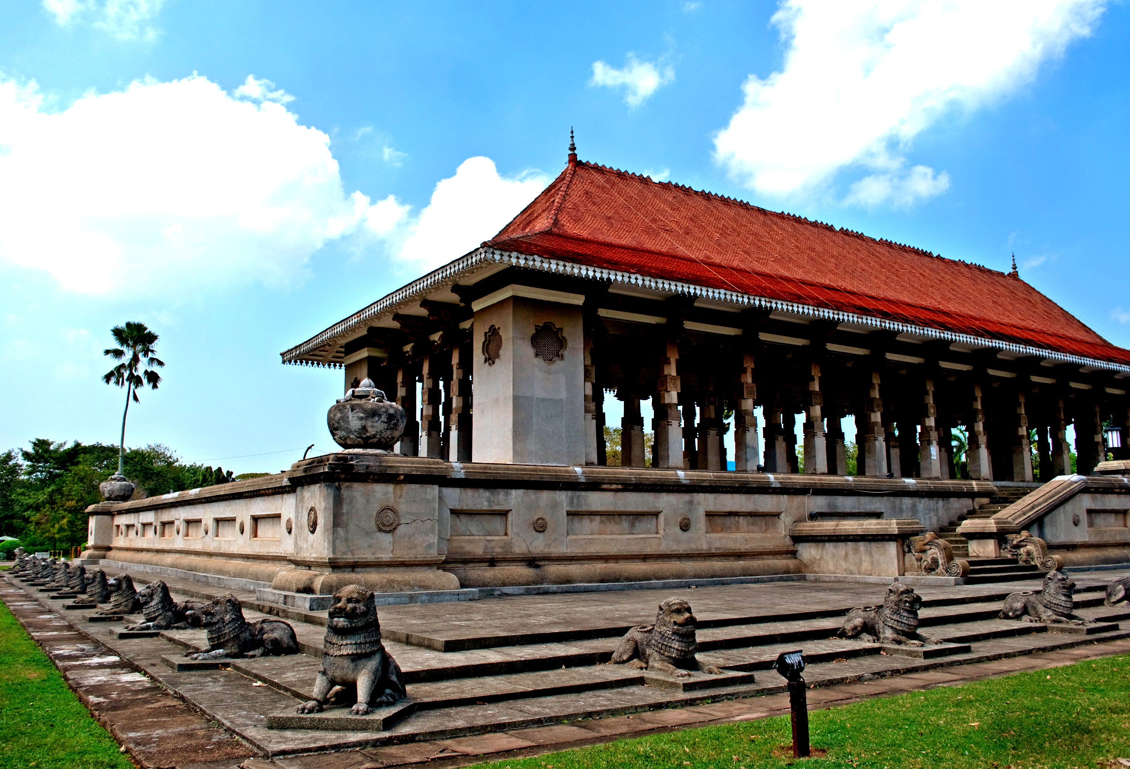 Sri lanka excursions colombo city tour for Hotels tours